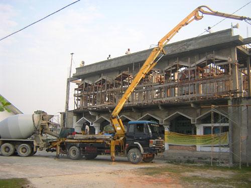 harga-sewa-pompa-beton cor